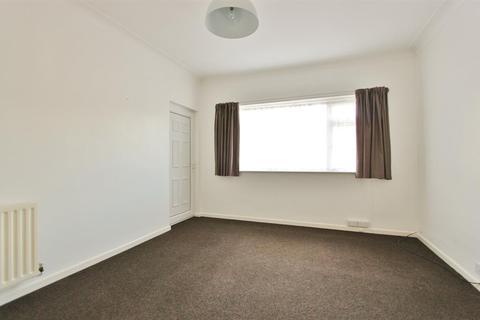2 bedroom flat to rent - Hangingwater Road, Sheffield, S11 7ES