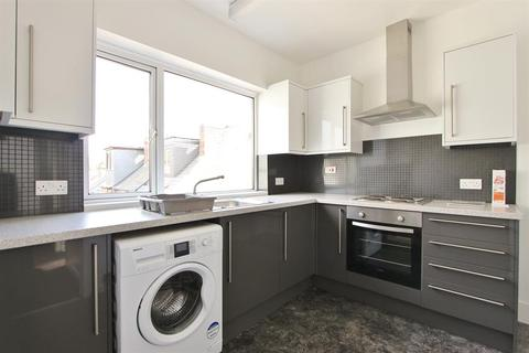 2 bedroom flat to rent - Hangingwater Road, Sheffield, S11 7ES