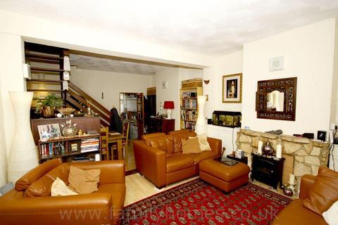 3 bedroom house to rent - Frederick Street, Sittingbourne