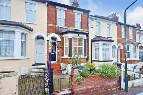 2 bedroom terraced house for sale - Wyndham Road, Chatham, Kent