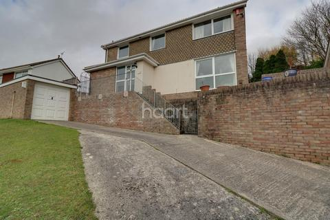 4 bedroom detached house for sale - Pendennis Close, Plymouth