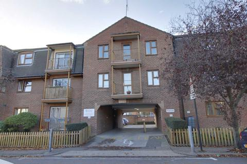 1 bedroom flat for sale - Leigh Road/Chalkwell Park Drive, Leigh on Sea