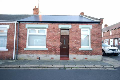 3 bedroom cottage for sale - Kimberley Street, Pallion