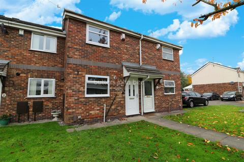 2 bedroom townhouse for sale - Stoke-on-trent