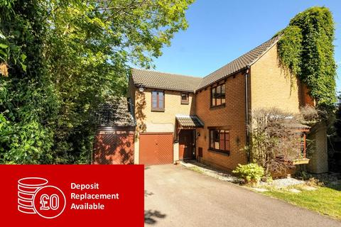 4 bedroom detached house to rent - Goughs Lane, Warfield, RG12