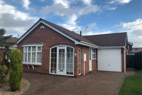 2 bedroom detached bungalow to rent - Wickham Close, Keresley, Coventry, West Midlands