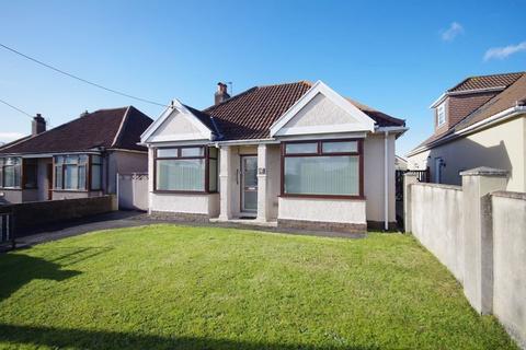 2 bedroom detached bungalow for sale - Gloucester Road, Patchway, Bristol