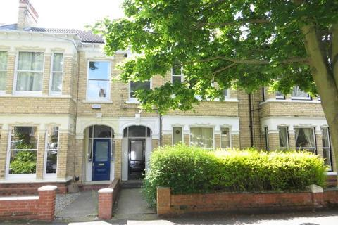 1 bedroom block of apartments for sale - Victoria Avenue, Hull, HU5 3DN