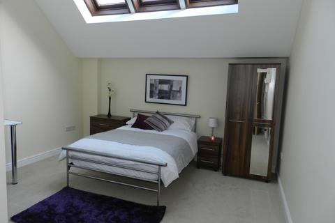 Studio to rent - Percy Street Hanley
