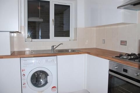 2 bedroom flat to rent - Leicester Road, New Barnet