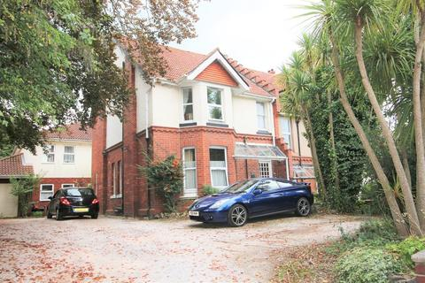 Studio to rent - Preston Down Road, Paignton