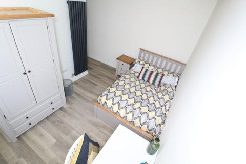 5 bedroom house share to rent - S1 - Bells Square - High Specification