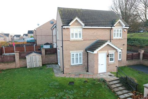 3 bedroom townhouse to rent - Maynell Close, Idle, BD10