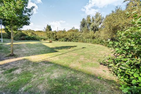 2 bedroom apartment for sale - Hammonds Drive, Fengate, Peterborough