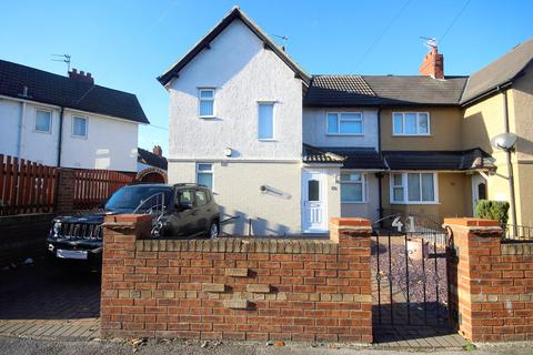 3 bedroom semi-detached house for sale - Rosedale Grove, Hull, HU5