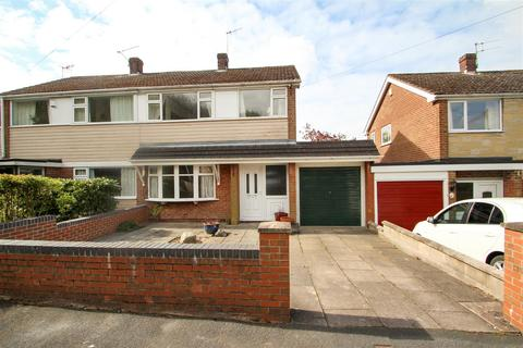 3 bedroom semi-detached house to rent - Lydford Place, Westonfields, Stoke-On-Trent