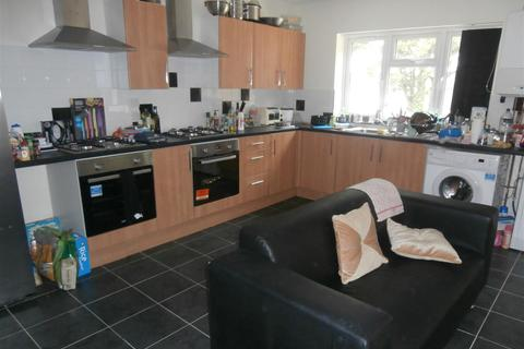 7 bedroom semi-detached house to rent - Houlditch Road, Leicester