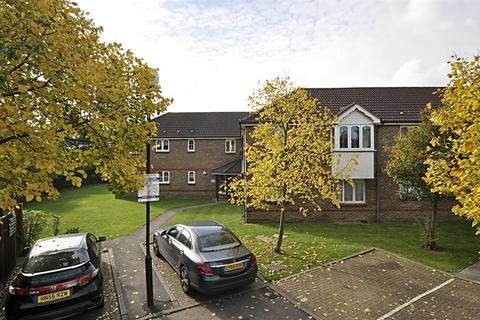 1 bedroom flat to rent - Stirling Grove, Hounslow