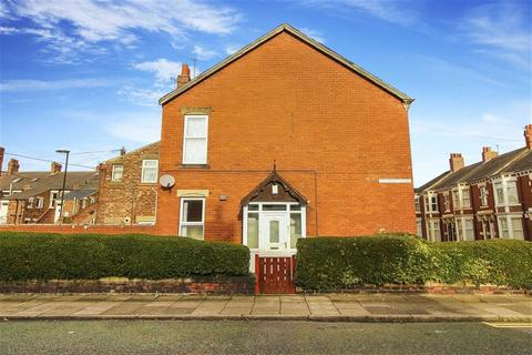 3 bedroom flat for sale - Trewhitt Road, Heaton, Tyne And Wear