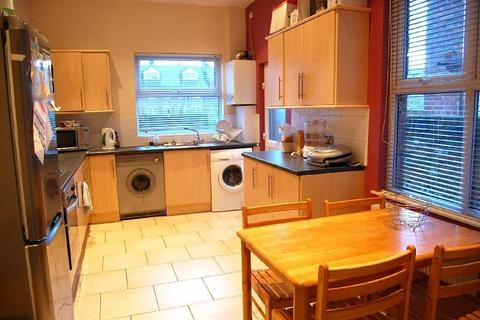 5 bedroom house to rent - Whitby Road, Fallowfield, Manchester