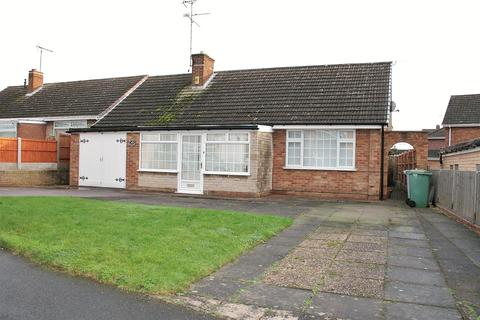 2 bedroom detached bungalow to rent - Thoresby Avenue, Edwinstowe