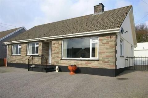 3 bedroom bungalow for sale - Trethosa Road, St Stephen, St Austell, Cornwall, PL26