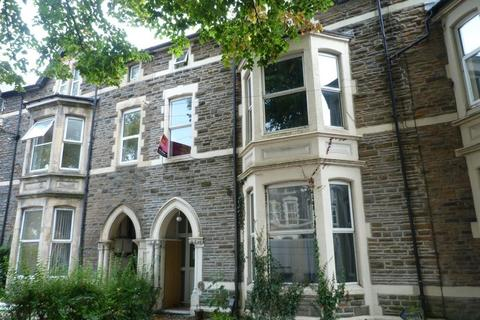 2 bedroom flat to rent - Richmond Rd, Roath, ( 2 Beds ) T/F Flat