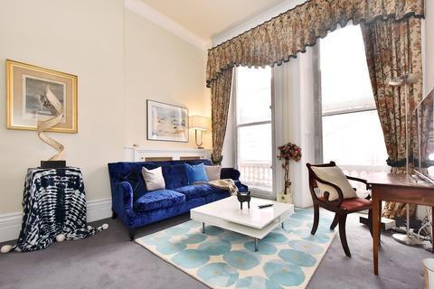 2 bedroom apartment to rent - Ovington Gardens, Knightsbridge, SW3