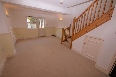 2 bedroom terraced house to rent - Market Street, Harwich