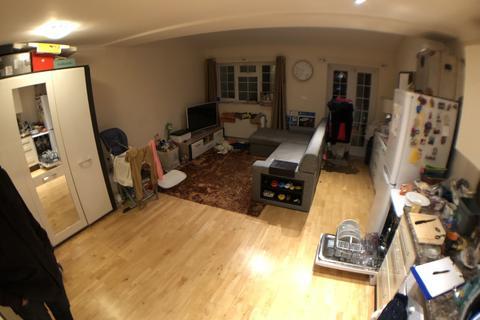 2 bedroom terraced house to rent - , SE12, London, SE12