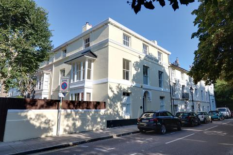 4 bedroom townhouse for sale - Queens Crescent, Southsea