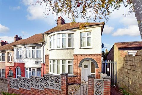 3 bedroom end of terrace house for sale - Arthur Road, Rochester, Kent