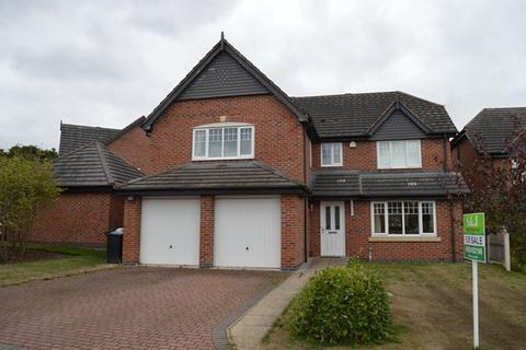 5 bedroom detached house for sale - Villa Farm Close, High Heath, Market Drayton TF9