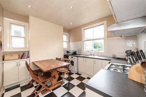 2 bedroom maisonette to rent - Dumbarton Road, Brixton
