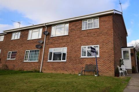 2 bedroom flat for sale - Jason Close, Bridlington, YO16 6JA