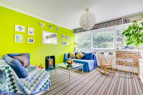 2 bedroom flat for sale - Tennyson Court, Parkleys, Richmond, Surrey