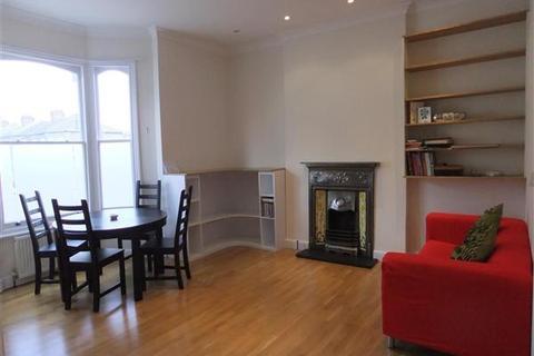 2 bedroom apartment to rent - Almington Street, London