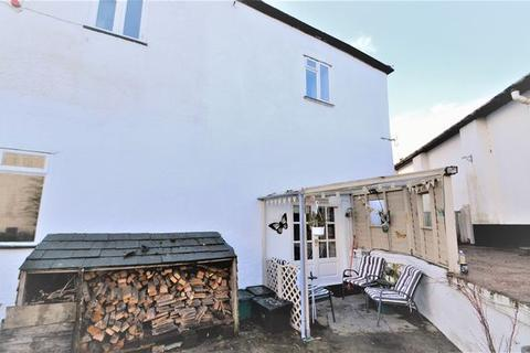 2 bedroom semi-detached house for sale - Desirable town centre location!
