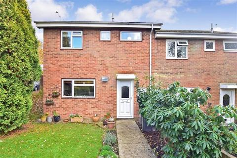 3 bedroom end of terrace house for sale - Palesgate Lane, Crowborough, East Sussex