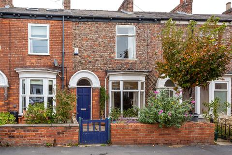 2 bedroom terraced house for sale - Nunthorpe Road, York, YO23