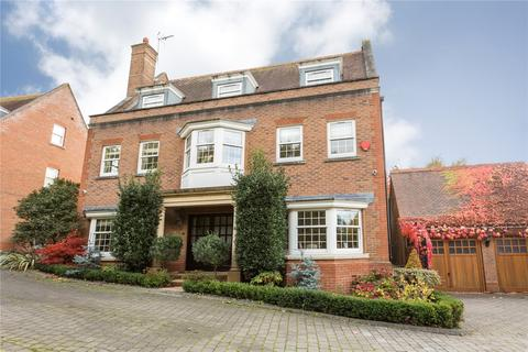 5 bedroom detached house for sale - Hanover Place, Warley, Brentwood, Essex, CM14