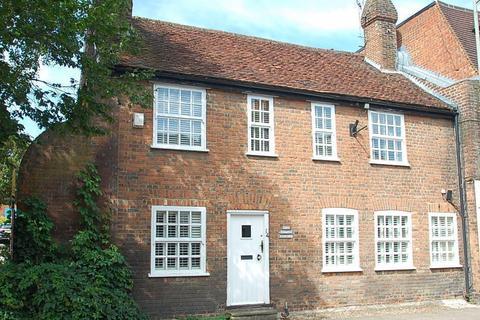 3 bedroom cottage for sale - High Street, Chalfont St. Peter, SL9