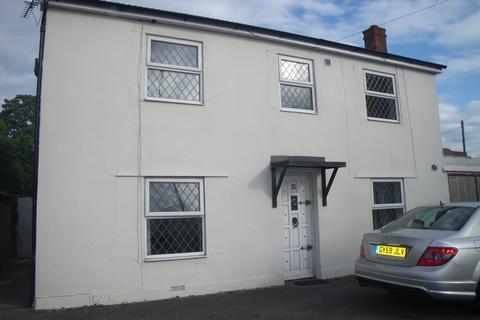 5 bedroom house to rent - Kinson Road, Wallisdown BH10