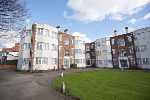3 bedroom flat for sale - Barons Court, Church Lane, Kingsbury, NW9