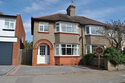 3 bedroom semi-detached house for sale - Kingsway, Kingsthorpe, Northampton NN2 8HE