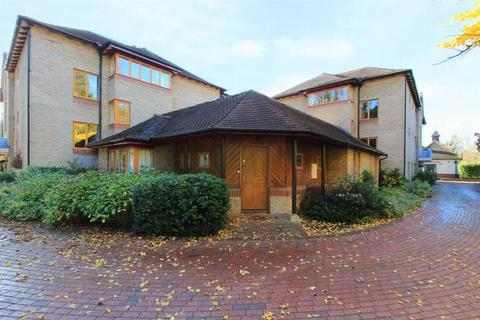 2 bedroom apartment for sale - Brooklands Court, Brooklands Avenue, Cambridge