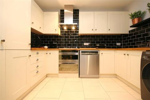 2 bedroom apartment to rent - Wellington Place, London Road, Cheltenham, Gloucestershire, GL52