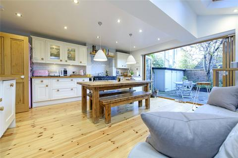 5 bedroom terraced house for sale - Sugden Road, London, SW11