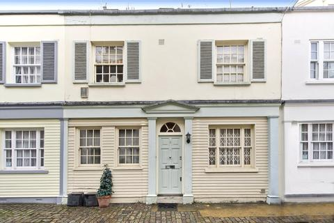 2 bedroom mews for sale - Eccleston Mews, London, SW1X