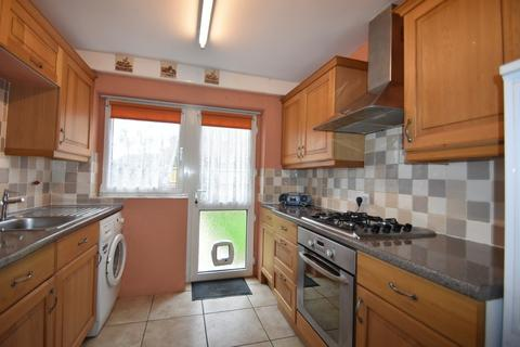 3 bedroom end of terrace house to rent - Godwit Road, Southsea